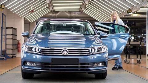Výroba VW Passat by mala byť na Slovensku! V hre sú aj modely Škody