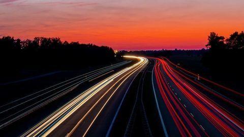 Holandsko zavádza na diaľniciach limit 100 km/h