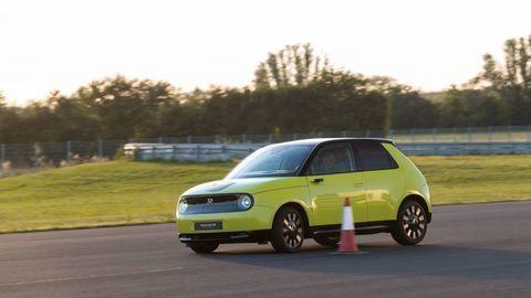 Elektrická Honda e už pozná slovenské ceny. Lacná nie je