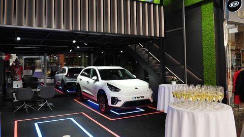 KIA otvorila prvý showroom priamo v nákupnom centre Aupark