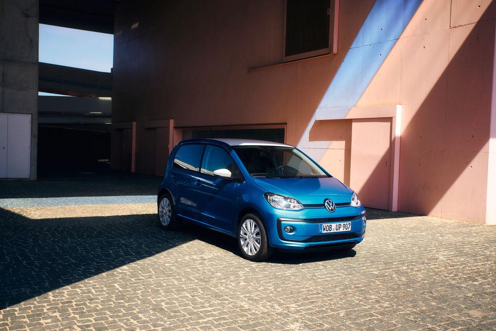 Volkswagen up! stále môže jazdiť na benzín, vrátane športového GTI