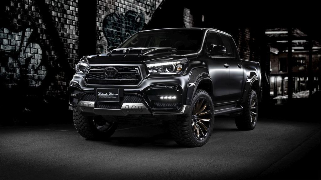 Toyota Hilux Sports Line Black Bison Edition