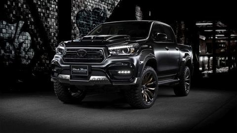 Toyota Hilux Sports Line Black Bison Edition: Tuning od WALD