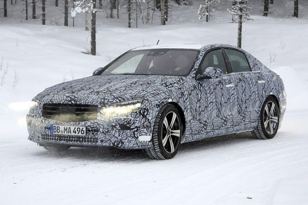 nový Mercedes-Benz Triedy C 2021