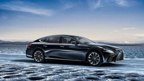 TOP 11 technologických vychytávok Lexusu od roku 2010