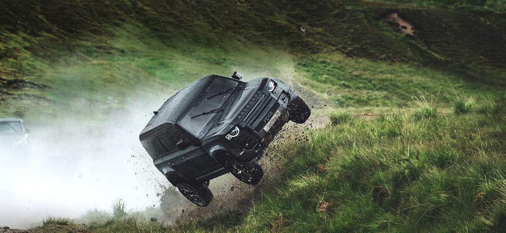 Land Rover Defender reklama