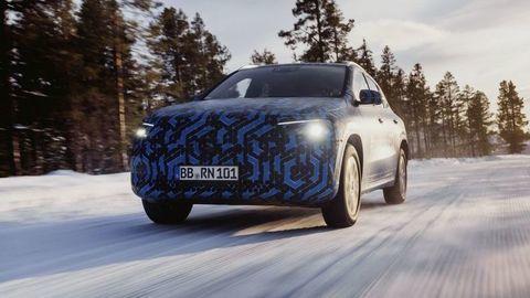 Mercedes-Benz EQA testujú na drsných zimných skúškach