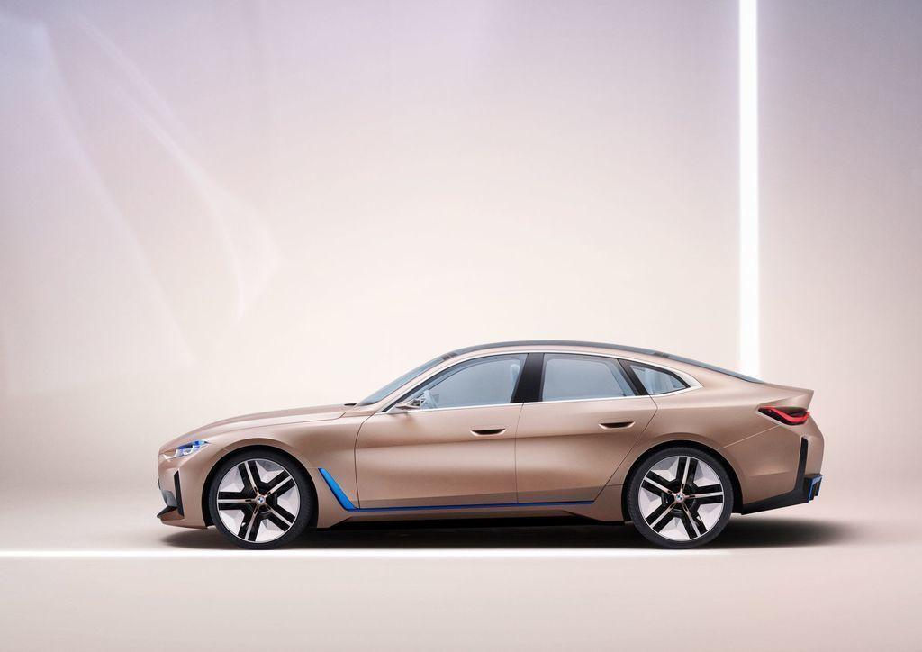 BMW Concepti i4