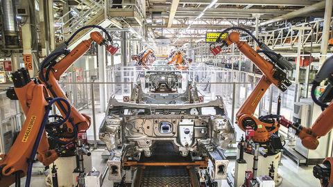 SEAT a Renault zastavujú výrobu v španielskych závodoch
