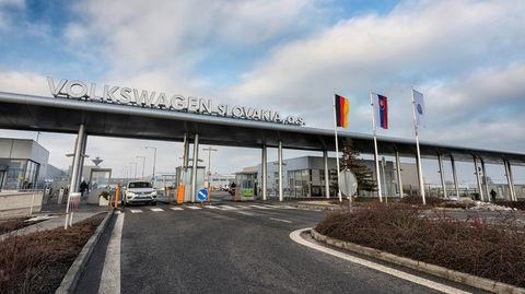 VW predlží odstávku slovenských závodov, KIA začne vyrábať