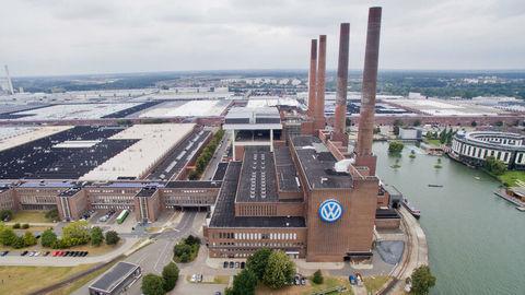 Volkswagen plánuje už onedlho obnoviť výrobu v nemeckých závodoch