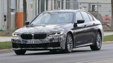Modernizované BMW 5 bude hlavne o motoroch