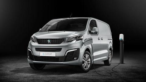 Peugeot Expert tiež elektrifikujú