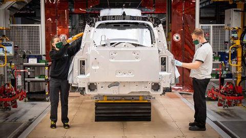 Jaguar Land Rover začal ako posledný