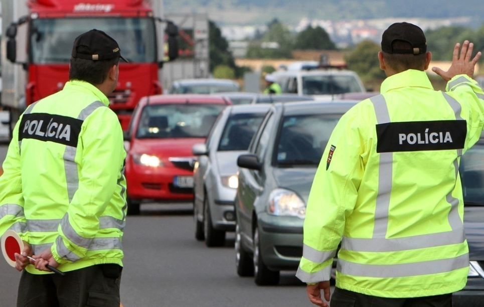Na Slovensku úraduje falošný policajt v uniforme!