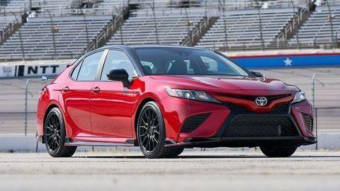 TOP 10 najspoľahlivejších áut v USA po nájazde 320 tisíc km
