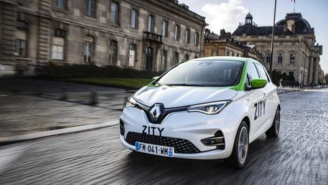 Thumb renault zoe in zity car sharing fleet in paris france6