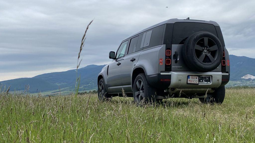 Land Rover Defender 2020 test prvá jazda