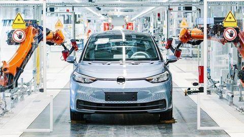 Nemecko: Rozbeh ekonomiky, dotácia 6000 eur na elektrické auto