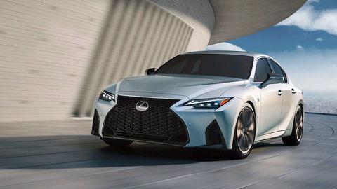 Nový Lexus IS 2021 oficiálne: Motory preberá, hybridy chýbajú