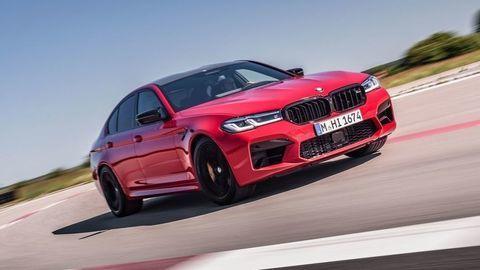 BMW M5 a M5 Competition: Cestné rakety prešli faceliftom