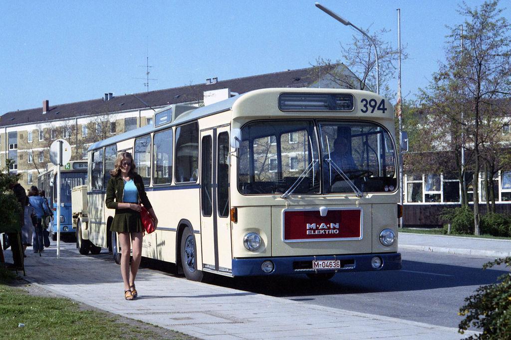 Prvý elektrický autobus