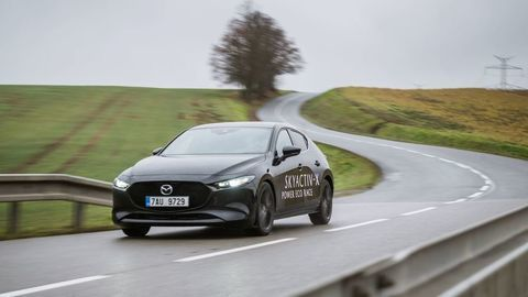 Potvrdené! Mazda 3 výkonný turbobenzínový motor v Európe nedostane