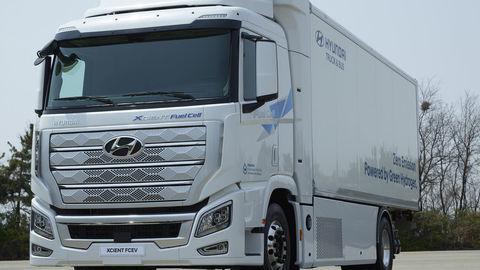 Vodíkové nákladiaky Hyundai dorazili do Európy
