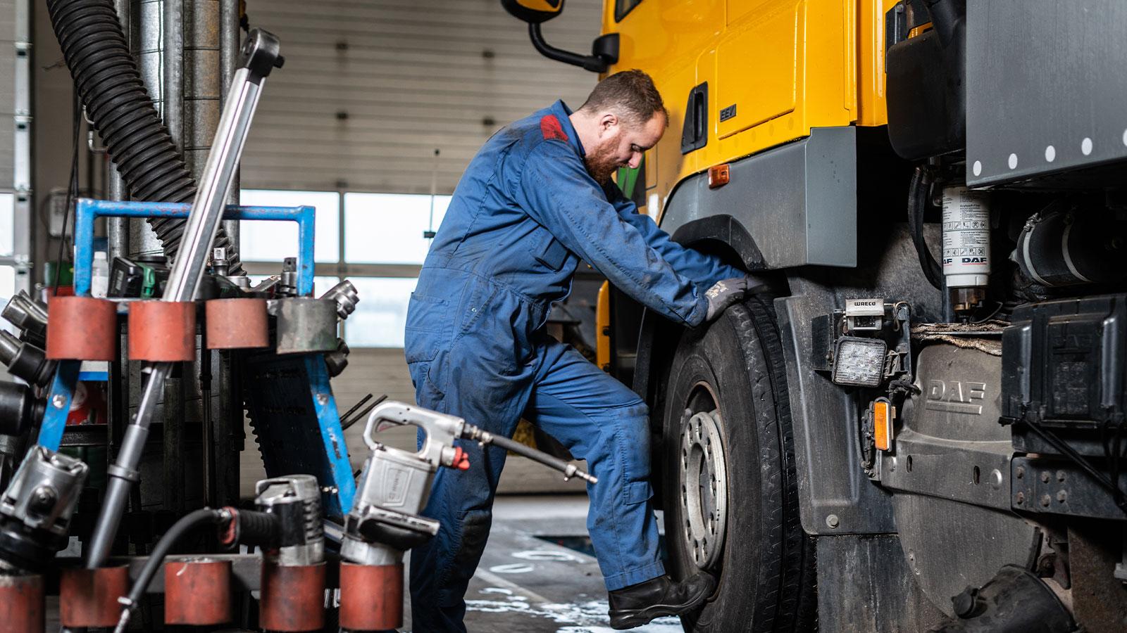Bakker Bedrijfswagens - Gebruikte voertuigen