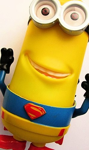 MP3 MINION –SUPERMAN?! Oh, how lucky I am with my new friend! Talk about how we became friends. It did not happen immediately...