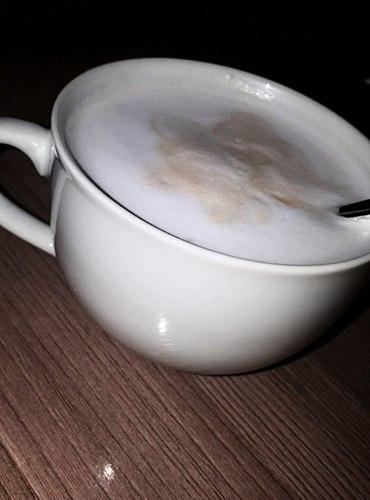 Gudrā mašīna. Ko vēl darīt darbā? Protams, dzerot gardu kafiju.