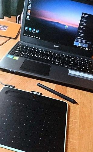 Proračunski grafički tablet, kako za početnike, tako i za radnu. Zašto sam napisala savjet samo kroz pola godine? Par лайфхаков i nekoliko mojih radova u obliku bonusa :)