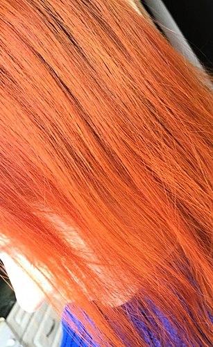 नींबू के रंग के लिए संवेदनशील natures. लेकिन बाल के साथ, यह जल्दी से पीले रंग की बारी है और वास्तव में दुख की बात है