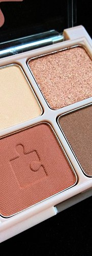 A delicate palette with the sweet name of Orange Velvet (Orange cake/orange velvet) + Swatch