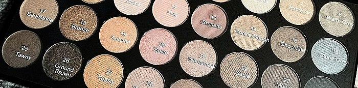 به عنوان بسیاری از 32 تن برهنه. نشان می دهد تمام سایه, خود ارضایی, و همچنین چندین گزینه های آرایش. در مورد کیفیت و این که آیا آن را به ارزش به خرید پالت گریم انقلاب است.