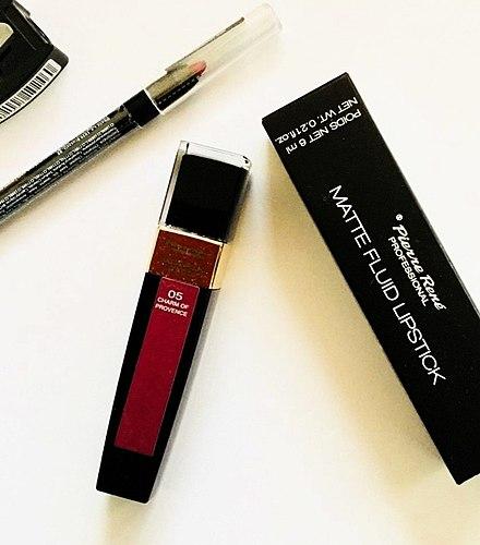 Odolná matná rtěnka Pierre Rene Matte fluid lipstick s vůní vanilky. Třešňový odstín NO. 05 CHARM OF PROVENCE 👄