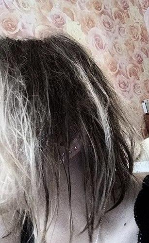 נס לעזוב ב-קרם ספריי.אם יש לך דק, שיער מקורזל -כלי זה יחסוך לך !
