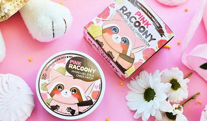 Cute raccoon in the format of conversation hearts. 💛 Dear, the Korean patches with the scent of roses on the occasion of the release!