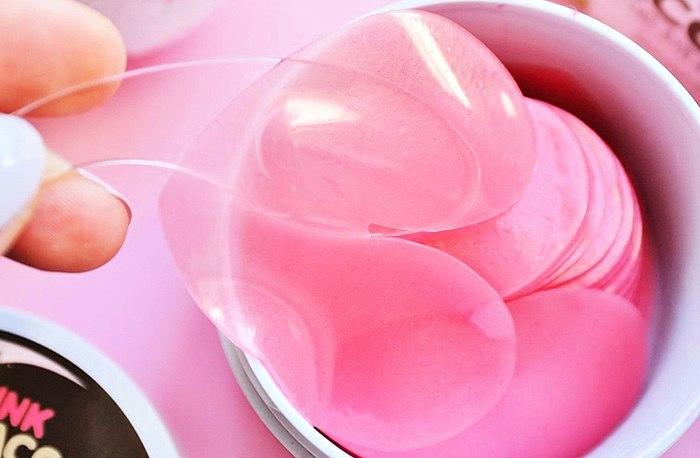 Cutie raton laveur dans le format de coeurs! 💛 Gentil coréens patchs avec le parfum de la rose en cas de sortie!