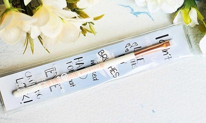 Più conveniente forma di pennello per disegnare le frecce? Si, certamente, ma solo se il pennello è davvero di alta qualità.