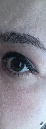 Bra pincett som kommer att hjälpa till att hantera utformningen av ögonbryn och drygt 118 rubel!