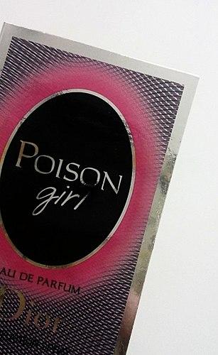 ま毒であると驚くほどの楽しい! 私の知人と女の子の毒によるトする。