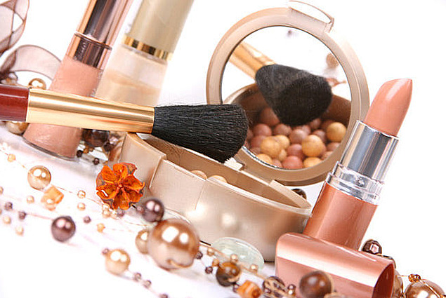 Ponareja kozmetiko Ocene