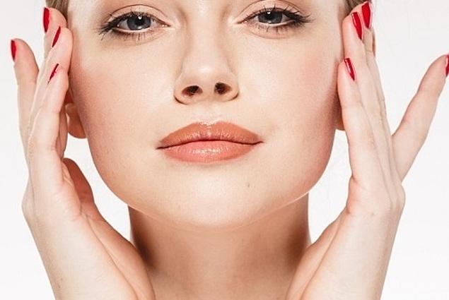 Myofascial עיסוי עצמי של הפנים חוות דעת
