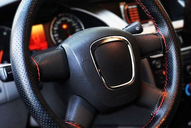 Pouzdro - opletení na řídítka Aliexpress 1 PC New Universal Anti-slip Breathable PU Leather DIY Auto Auto Steering Wheel Cover Case With Needles Black/ Red Color Thread Recenze