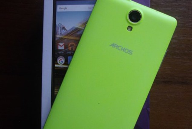 Mobile phone Archos 50D Neon Reviews