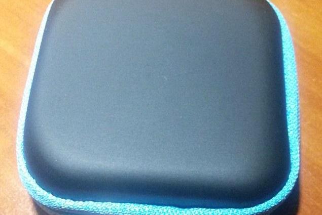 Husa pentru căști Aliexpress Mini Square EVA Case Pavilioane SD Card Hold Case Storage Carrying Hard Earphone Bag Headphone Box PTSP Recenzii