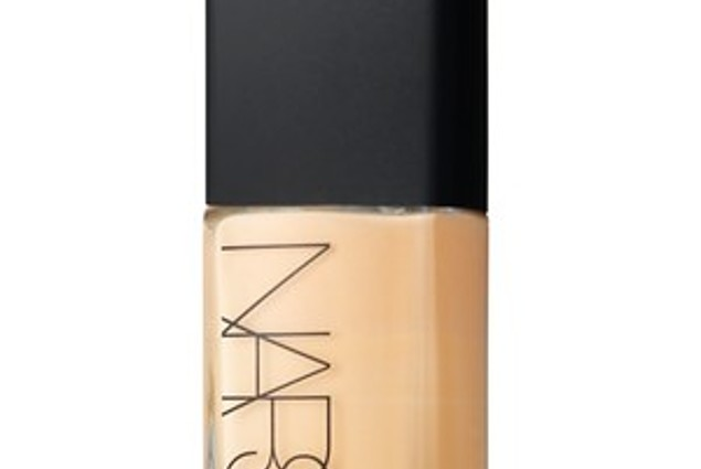 Fundacija NARS Sheer Glow Foundation Ocene