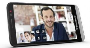 Новый смартфон BlackBerry со свежей ОС и увеличенным аккумулятором