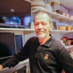 Lars Cato er deltaker og arbeider i Bruktbutikken i Drammen.
